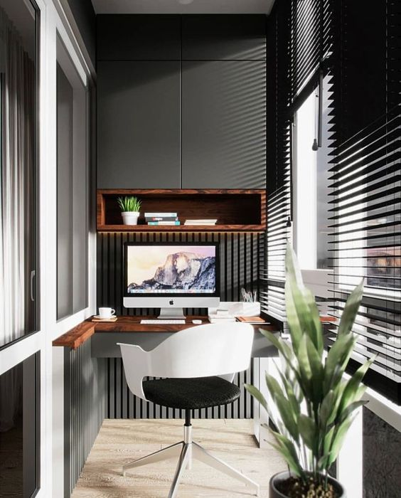 как сделать маленький балкон однушки рабочим местом фото_11