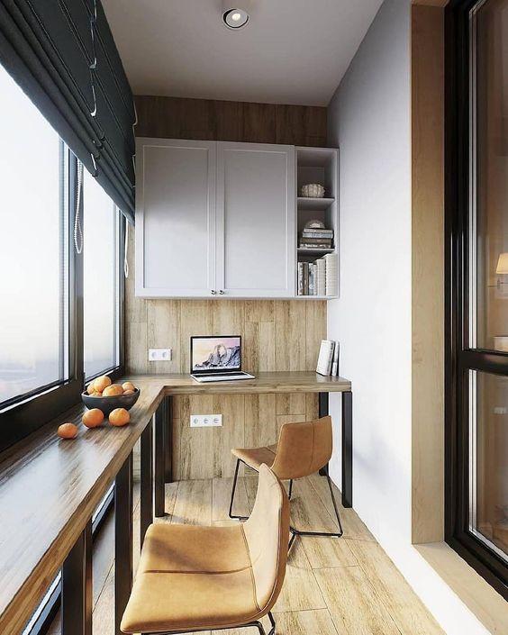 как сделать маленький балкон однушки рабочим местом фото_12